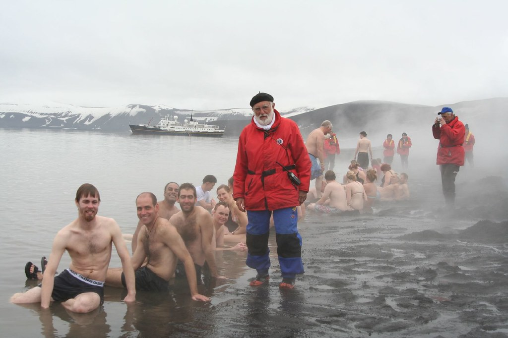 Swimming in the Antartic Ocean