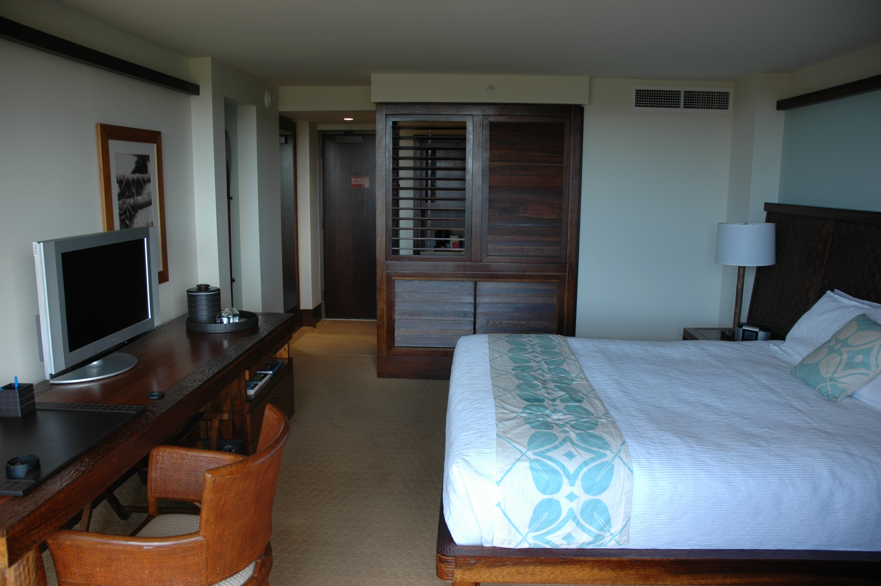 Royal Lahaina Room Service