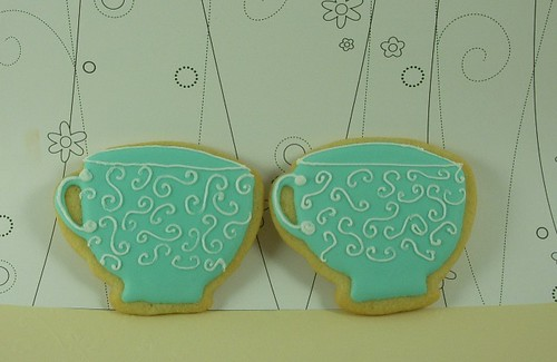 Scrolled teacup cookies