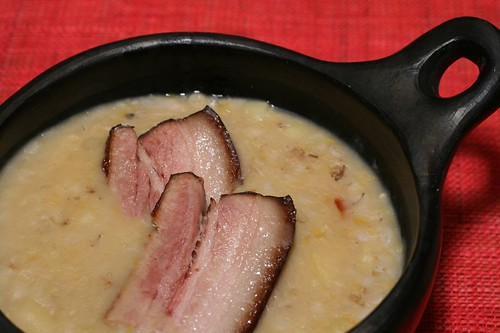 Split pea soup with smoked pork rib / Hernesupp suitsuribiga
