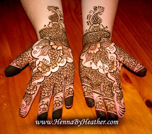 Pakistani bridal henna design