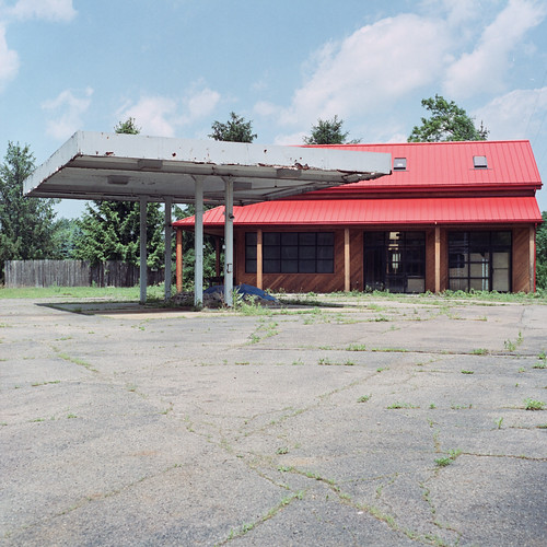 abandoned 120 6x6 tlr film station june mediumformat us pittsburgh fuji pennsylvania route chemistry pro gasoline wexford 19 yashicamat c41 400h 2011 unicolor newtopographics