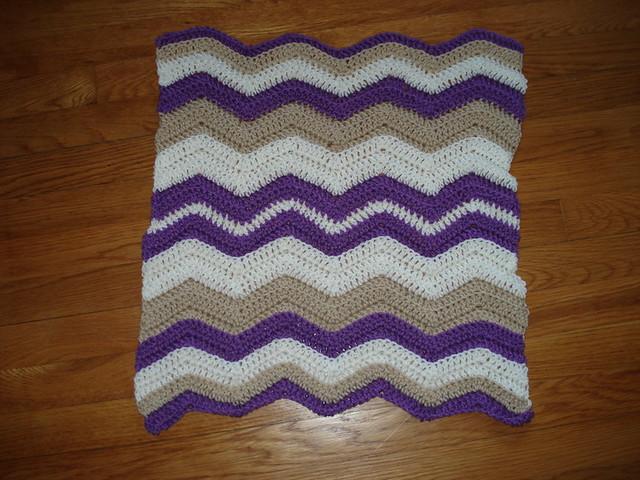 Cherokee Chevron Sweater Baby Blanket - BlackWhite - m