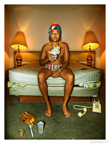Vikram Chatwal - 1/2 Billionaire Former Playboy Sikh Hotelier Takes 0 Calls While Enjoying a Burrito & Ice Cold LA Tap Water in Loaner Mickey Mouse Boxers & Patriotic Turban on a Filthy Dollar Concealing Mattress in Room 111 of The Hollywood Premier Motel