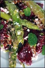 Salade d'asperges, betterave et feta