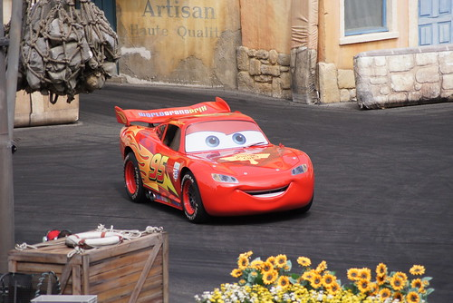 Moteurs...Action! Stunt Show Spectacular featuring Lightning McQueen