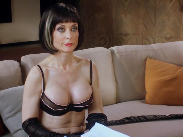 Лижут жопу фото секса смотреть онлайн