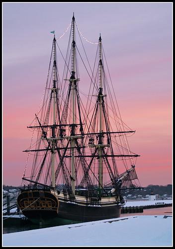 sky snow sailboat lights fantastic twilight friendship massachusetts northshore salem tallship masts rigging olympuse500 derbystreet derbywharflight salemeastindiaman 66highestinexploreon21708