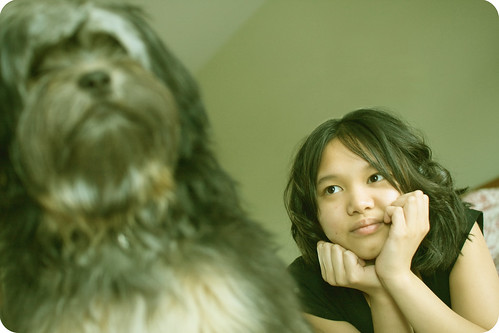 portrait dog cute girl canon puppy furry couple sister scout isabelle daydream wookie chewbacca sigma30mmf14 40d