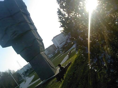 park sunset people building tree portugal climb skate behind leiria