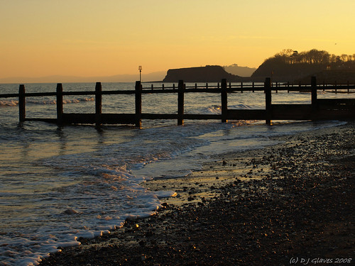 dawlishwarren devon england uk coast sea langstonerock gryones evening afternoon dusk february winter dawlishwarrenbeach teignbridge searchthebest mywinners southwest iba