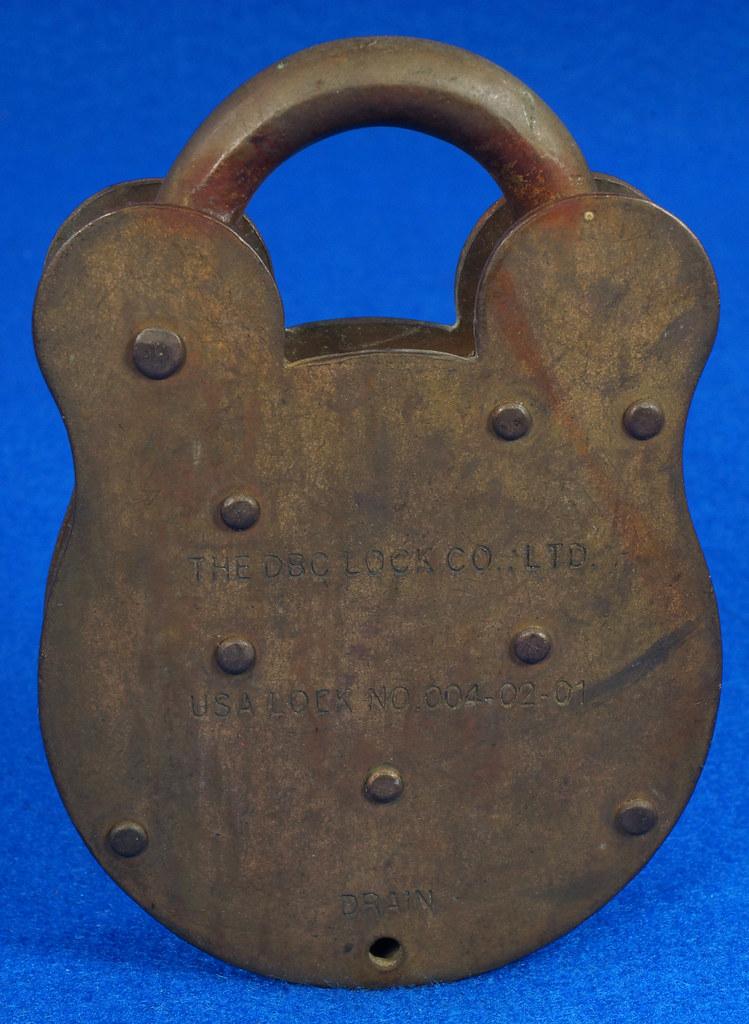 RD15222 Admiralty 4 Lock USA 4 Brass Levers DBC Lock Co LTD 004-02-01 Steampunk DSC08836