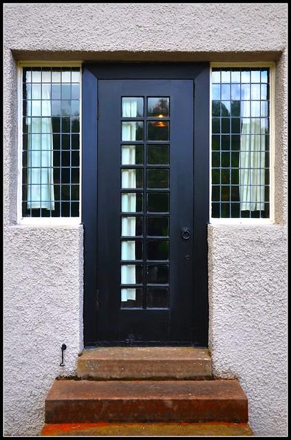 Back Door House 331 x 500 · 137 kB · jpeg