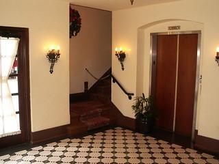 Hollywood Brown Derby - Restroom
