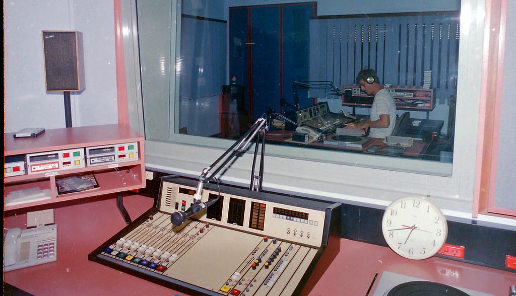 Image5_alice-springs-radio-studio