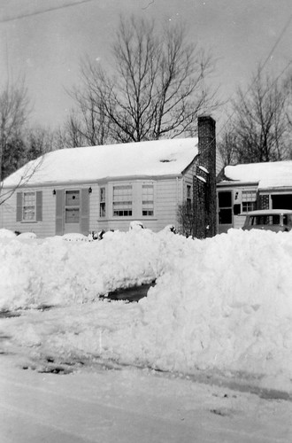 Easter Sunday Snow 1955 by midgefrazel