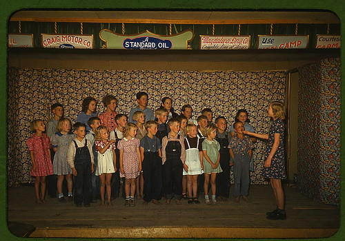 School children singing, Pie Town, New Mexico  (LOC)