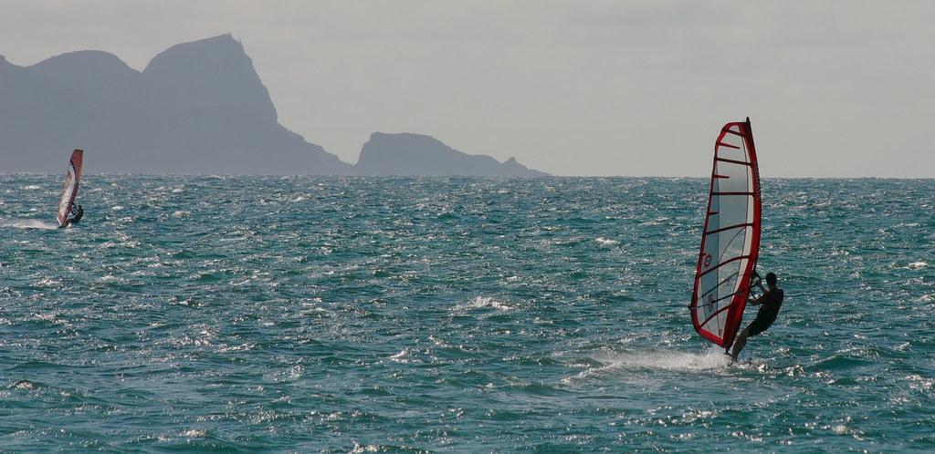 hawaii_Gabe WSurfing Maui (7)