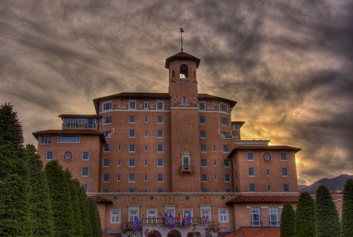 travel sunset vacation sky architecture clouds golf skyscape hotel photo colorado resort tennis coloradosprings broadmoor 201004