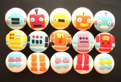 robot cupcakes swapped around