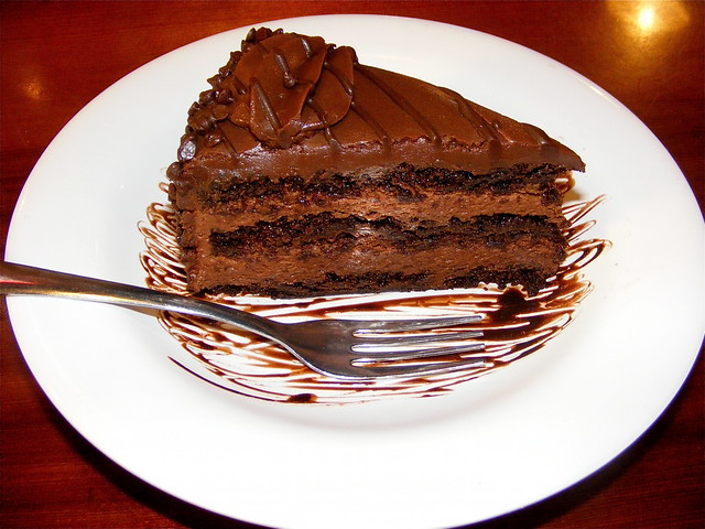 Hooters Chocolate Mousse Cake Price