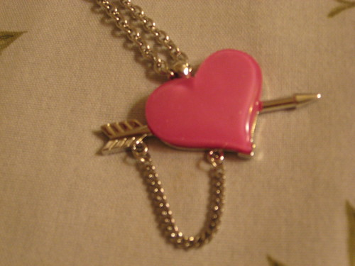 6%dokidoki heart necklace