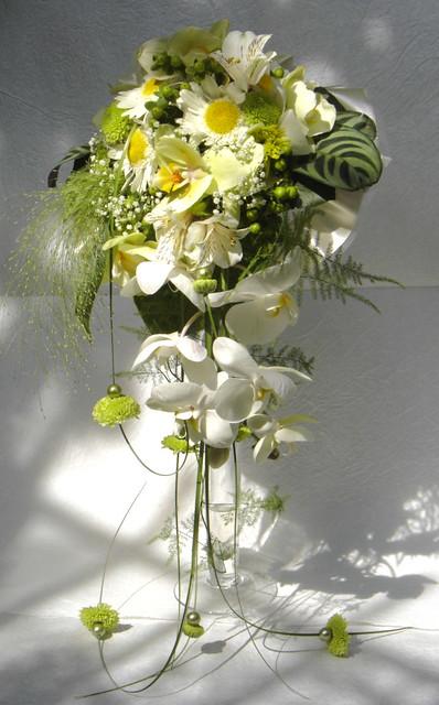 Dsc05243 Buchet De Mireasa Din Margarete Si Orchidee Phala Flickr