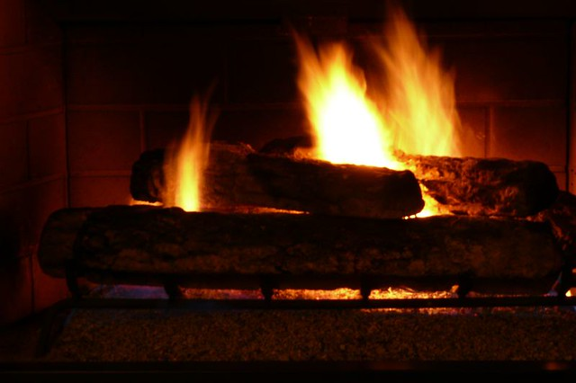 Fake Logs For Gas Fireplace Fireplaces
