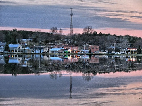 county sunset lake reflection wisconsin downtown iola waupaca
