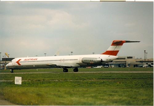 Heathrow 1985 OE-LMA DC-9-80 Austrian 27 Jun 1985