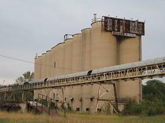 Lehigh Portland Cement Company silos