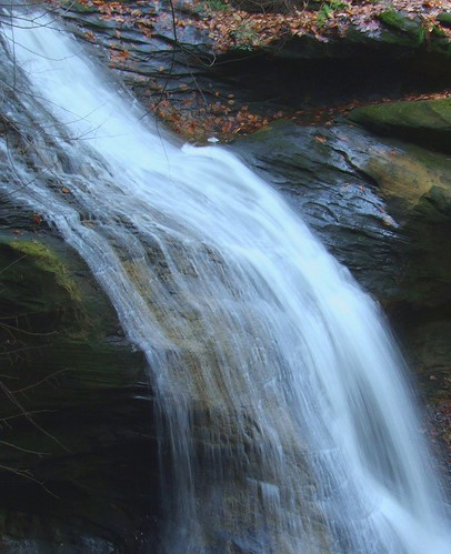 ohio waterfall cleveland kirtland holdenarboretum passionphotography platinumphoto superbmasterpiece infinestyle theunforgettablepictures tup2 turtlefalls llovemypic lanterncourt briancparsons treehugger007