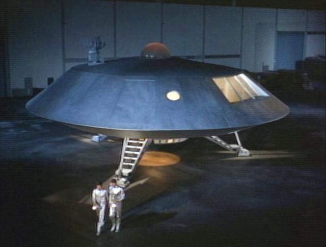 a spaceship landing on jupiter - photo #13