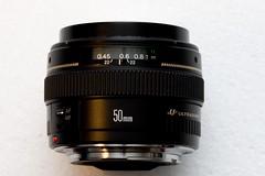 camera(0.0), canon ef 75-300mm f/4-5.6 iii(0.0), cameras & optics(1.0), teleconverter(1.0), lens(1.0), camera lens(1.0),