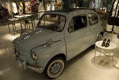 compact car(0.0), automobile(1.0), vehicle(1.0), fiat 600(1.0), city car(1.0), zastava 750(1.0), antique car(1.0), vintage car(1.0), land vehicle(1.0),