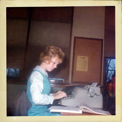 Girl at the typwriter