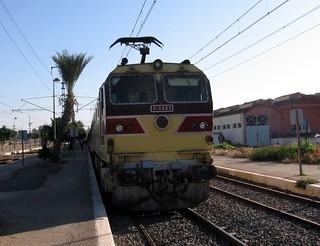 A képe. train rail railway morocco fez marrakesh passenger fès oncfm