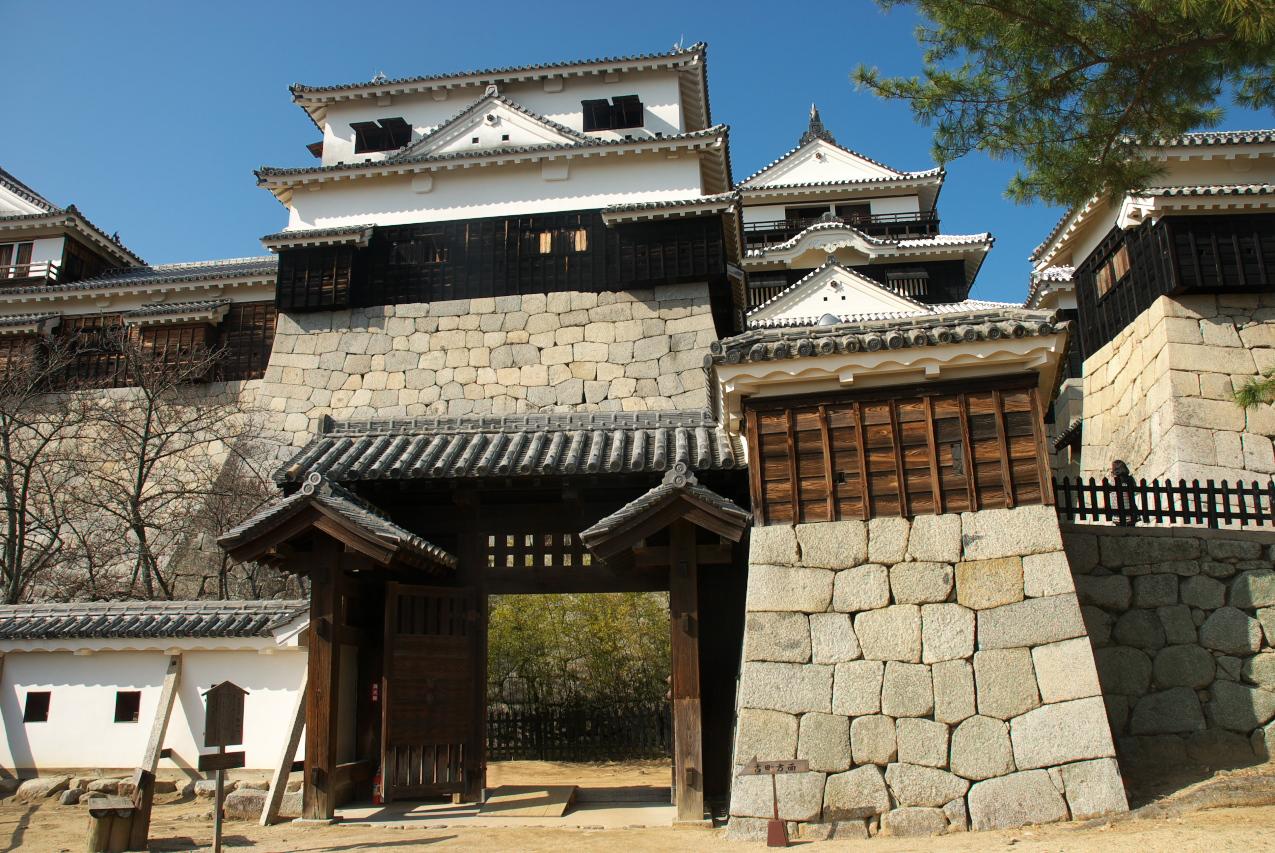 松山城城門