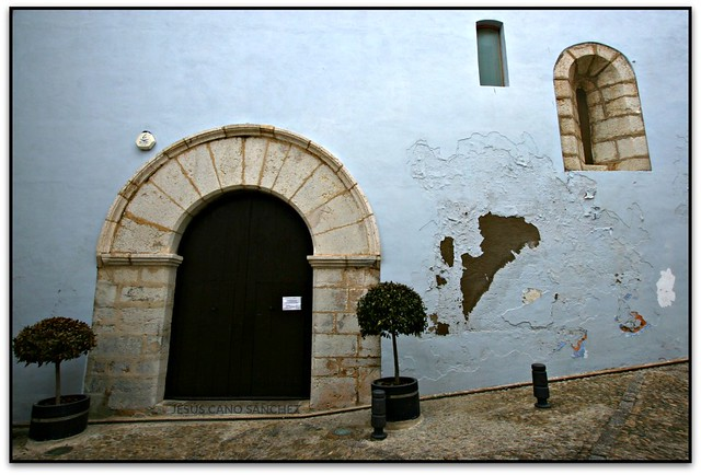 Obertures bufades, Església de Sta. Maria, Peníscola