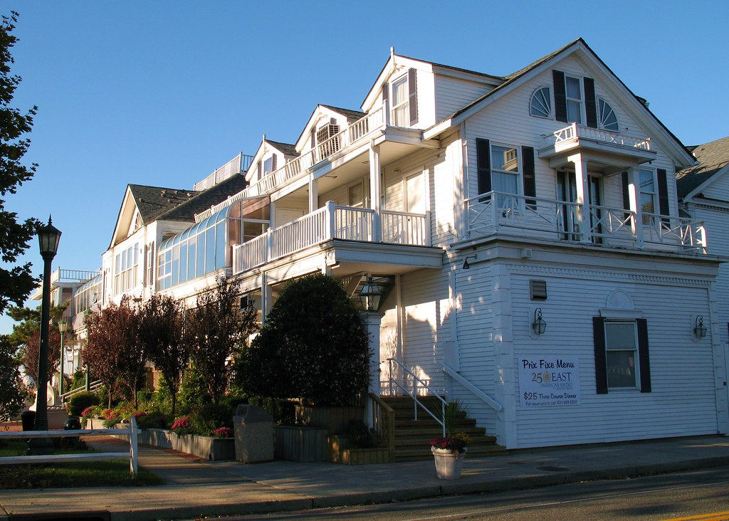Port Jefferson Danfords Hotel Restaurant Danfords Hotel