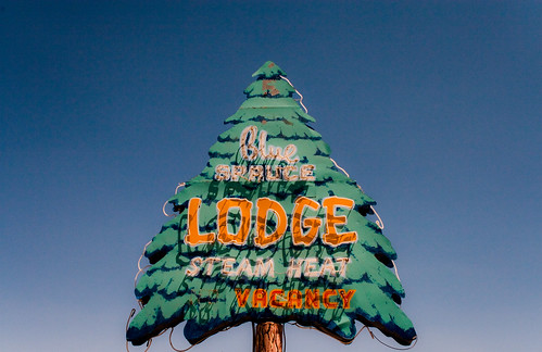 Blue Spruce Lodge - Route 66