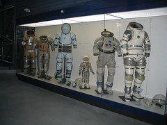 astronaut(0.0), toy(0.0), tourist attraction(1.0), machine(1.0), space(1.0),