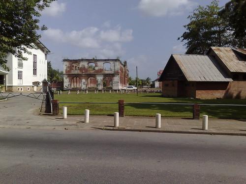 Plein voor Fort Zeelandia