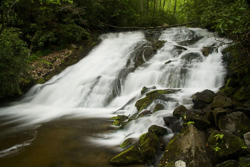 waterfall northcarolina greatsmokymountainsnationalpark blueribbonwinner indiancreekfalls appalachianblueridgeforests