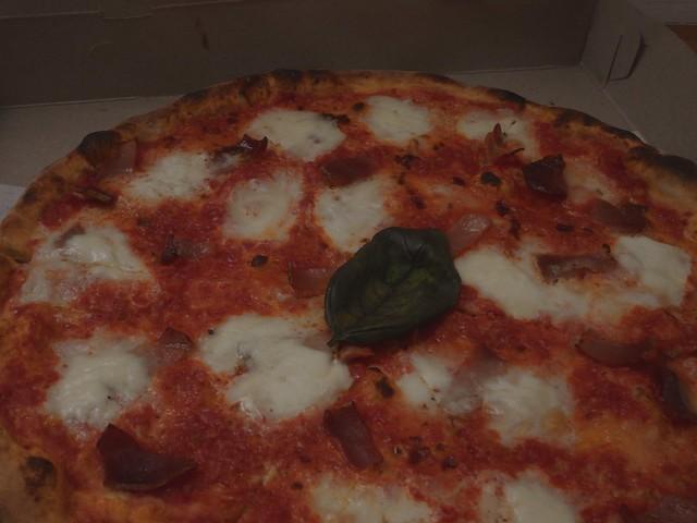 月, 2014-02-17 18:25 - Pizza at Manetta's
