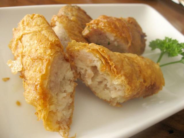 Lumpia Kulit Tahu, Seven Resto | Tofu skin rolls. Lumpia uda ...