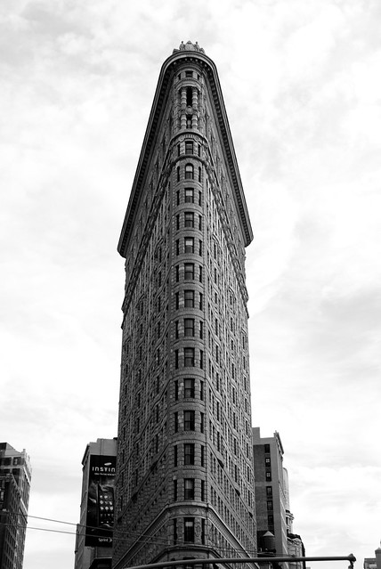 images new york city triangle building new york city triangle building ...