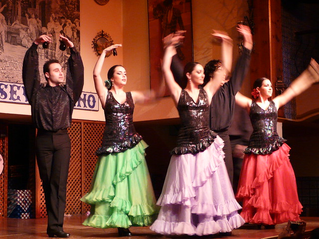 Seville flamenco dance 6 flickr photo sharing for Espectaculo flamenco seville sevilla