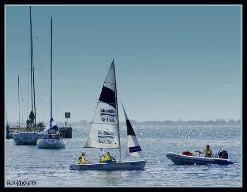 Sailing school Eastern Beach Geelong