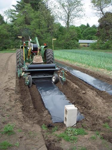 Smallest Garden Tractor With Bucket : Garden tractor hisfarm
